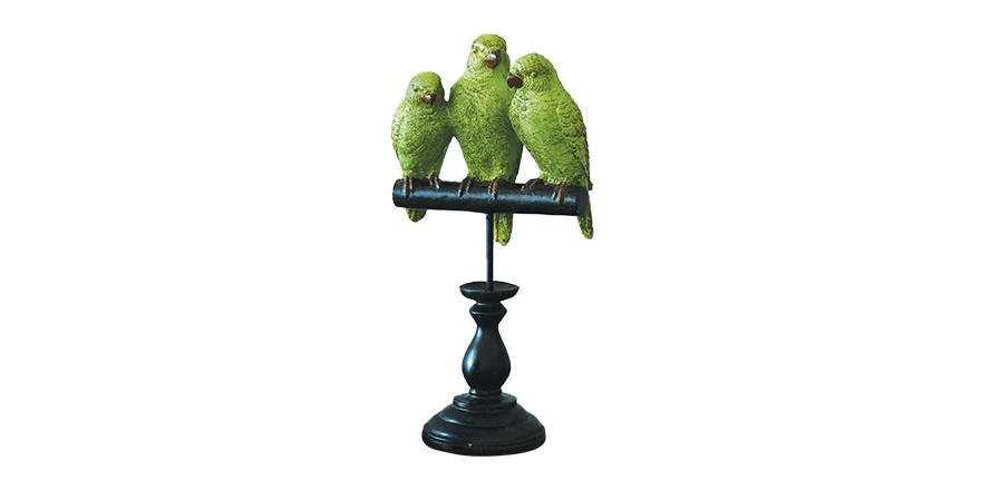 Home interiors: Post-Christmas green hues