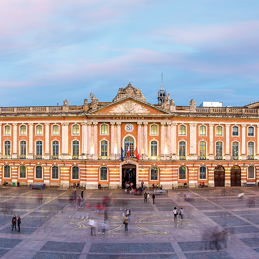 Travel from Liverpool guide - Toulouse France