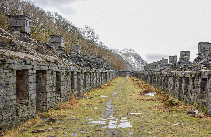 Hiking near Liverpool: Dinorwic Slate Quarry trails Llanberis