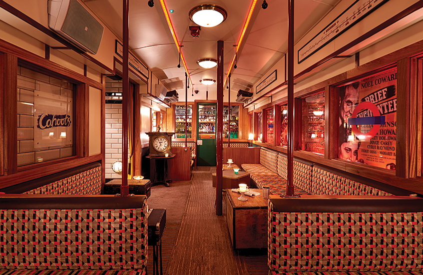 London city break - an insiders' guide - Cahoots bar