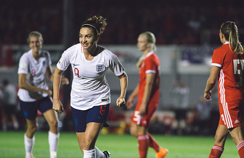 Jodie Taylor interview - womens football star